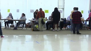 Voting moving along smoothly in Green Bay