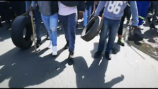 SOUTH AFRICA - Johannesburg - Alexandra residents march to Sandton (videos) (B4t)