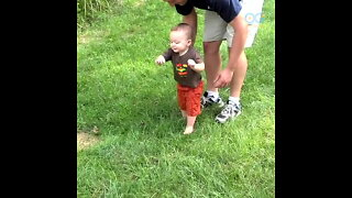 This Baby's First Steps Send a Wonderful Message of Resilience - Your Daily Diversion