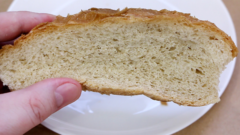 Make bread softer with this simple life hack