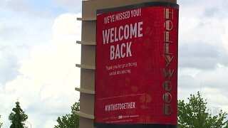 Hollywood Casino reopens after 2 months to large crowd