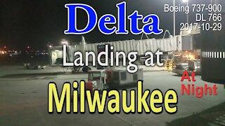 Delta flight landing at Milwaukee airport at night in Boeing 737-900 @MitchellAirport