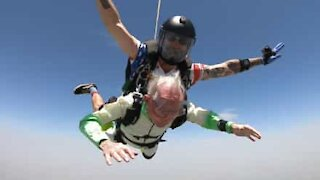 103-year-old beats skydiving world record