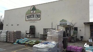 Local plant nursery experiencing backlash over its mask policy