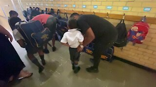 SOUTH AFRICA - Cape Town - First day of school for Grade 1, Goodwood Park Primary school(Video) (PjY)