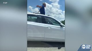 Florida driver stands up through moonroof, leaves car driverless