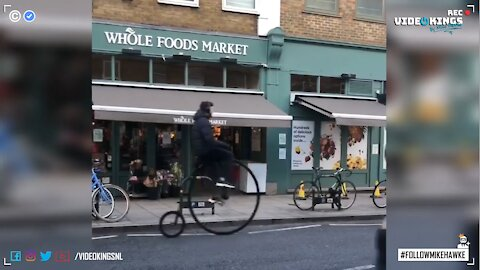 Penny-farthing hipster crashes into DPD-van.