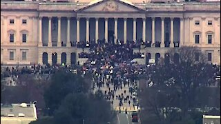Capitol Under Siege As Feds Lose Control In Washington D.C., Crowds Break Into House Chambers