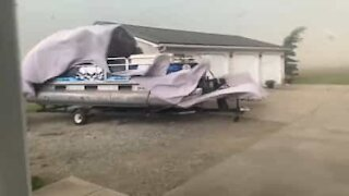 Strong winds move boat