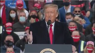 Trump destroys Joe Biden in Allentown Pennsylvania.
