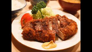 Super Crunchy Deep Fried Pork Tonkatsu - Tonkyu Restaurant Tokyo Japan