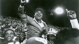 Former UNLV Football coach Wayne Nunnely has died at age 68