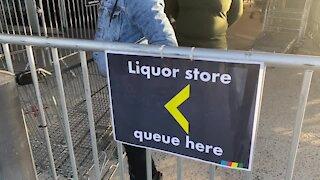 SOUTH AFRICA - Cape Town - Coronavirus - Liquor sales re-open under lockdown 3(Video) (YD3)