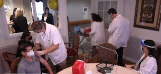 Nursing home residents get vaccinated