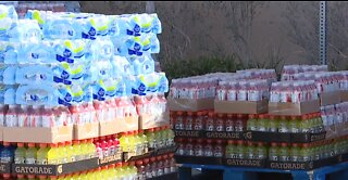 Crossings Church donates essential items to Vegas' food pantries