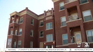 Tenant describes living conditions in Jones St. apartment complex