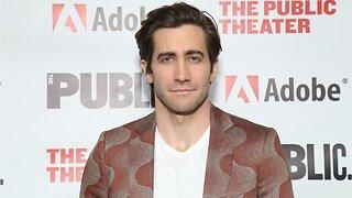 "Jake Gyllenhaal ""Felt Cute"" In His Mysterio Helmet From 'Spider-Man: Far From Home'"