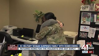 Army soldier surprises whole family for holidays