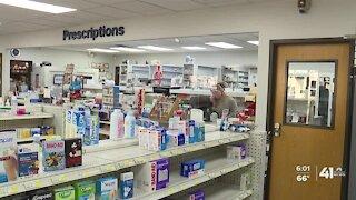 Missouri pharmacies prepare to receive COVID-19 vaccines