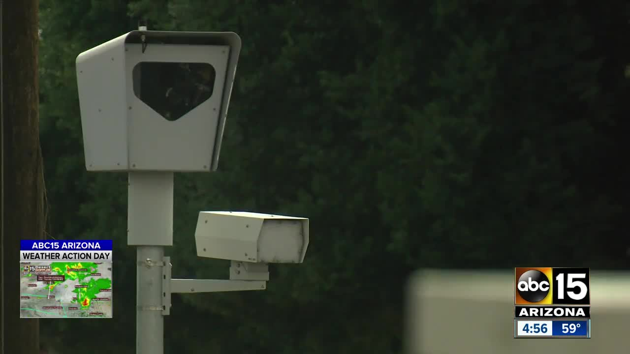 Phoenix City Council votes to end red light camera contract