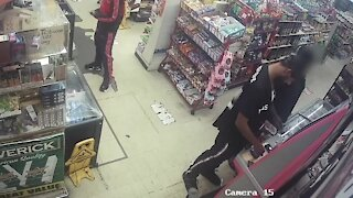 St. Pete police serve search warrant to convenience store