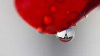 Paris sett gjennom vanndråper