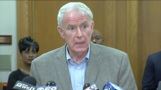 Mayor Barrett breaks his silence over Chief Morales, Fire and Police Commission directives