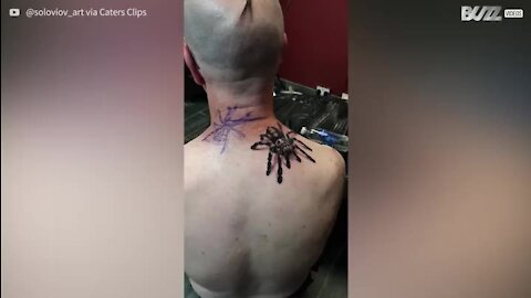Tatuagem de tarântula é extremamente realista