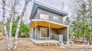 Cette toute nouvelle maison à moins de 2 h de Montréal est à vendre pour 250 000 $