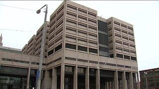 Jailer accused of attacking praying inmate