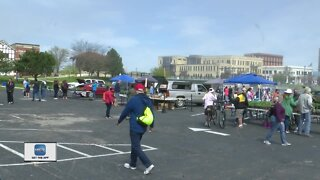 Downtown Manitowoc Farmers Market reopens after three week delay