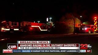Abandoned building on fire in Southwest Bakersfield