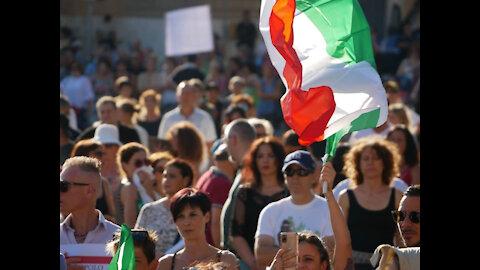 Roma, 7 agosto 2021, no green pass: intervento di Roberto Fiore