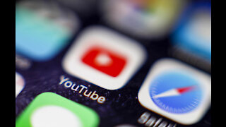 Royal Society urges people to ditch high definition streaming in climate change battle