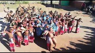 SOUTH AFRICA - KwaZulu-Natal - Learners Cultural dance (Video) (74F)