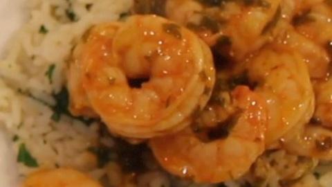 Parsley shrimp with citrus rice
