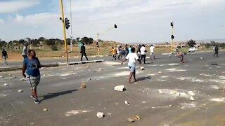 SOUTH AFRICA - Johannesburg - Freedom Park Protest (videos) (jy4)