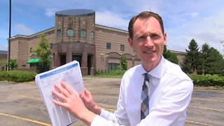 Neighbors frustrated by empty Inred-A-Bowl property