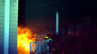 Fire sparks at Tempe apartment complex