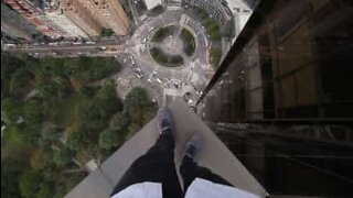 Fear of heights? Don't watch this video!