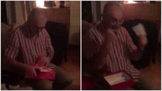 Bestefar blir helt overveldet når han får billett til en konsert med Taylor Swift