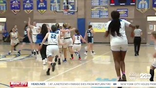 23ABC Sports: Bakersfield Christian cuts down the nets