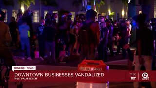 Restaurant owner blames police for escalating confrontation with protesters