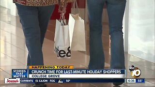 Last-minute shoppers hit San Diego stores