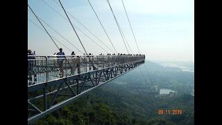 Еhe bridge- glass bridge !