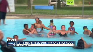 Milwaukee helps residents try to stay cool