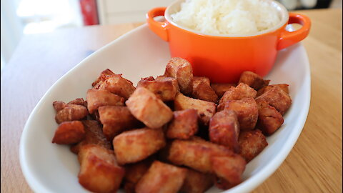 How to make Thai fried salted pork (Moo Kem)
