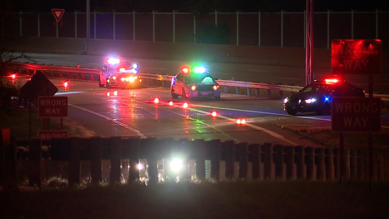 1 person dead after crash on I-71