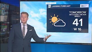 Tonight's Forecast: Staying breezy & cloudy, scattered mix overnight