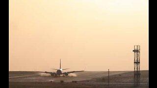 Fly laver dramatisk landing i Leeds lufthavn